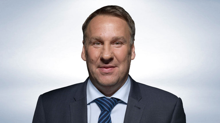 "In defence of Paul Merson - Not as ""anti-Arsenal"" as some may think...."
